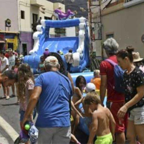 Gatene i Mogán fylt under H2O-festivalen